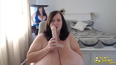 Posh mature goddess Suzie with all natural big tits