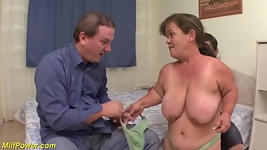 mature midget first threesome