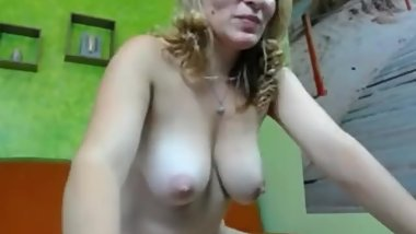 Mom talks Dirty on Webcam