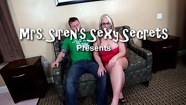 Housewife Pounded by Stranger on the Loveseat