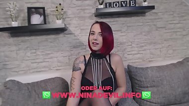 Neues heißes versautes Striptease Video
