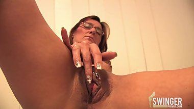 Brunette Mature party