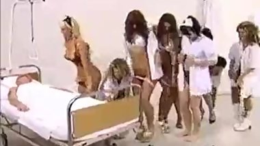 MEDECINE HAREM -GROUP OF GIRLS NURSES TAKE TURN TO HAREM A MAN